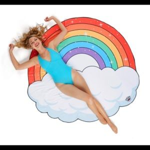 Big mouth rainbow beach blanket new